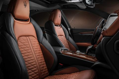 06 Maserati Royale Special Series - Two tone Pieno Fiore leather interior